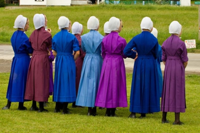 amish girls with caps