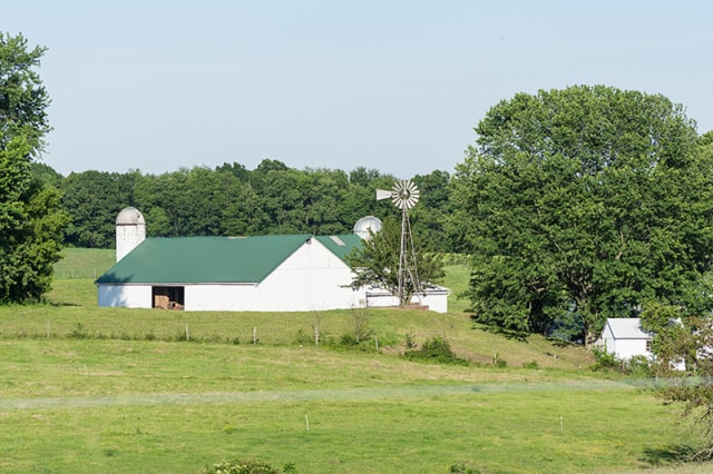 Geeen-Metal-Roof-Barn