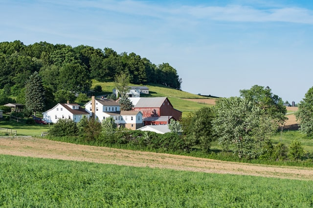 Ohio-Amish-House-and-Farm