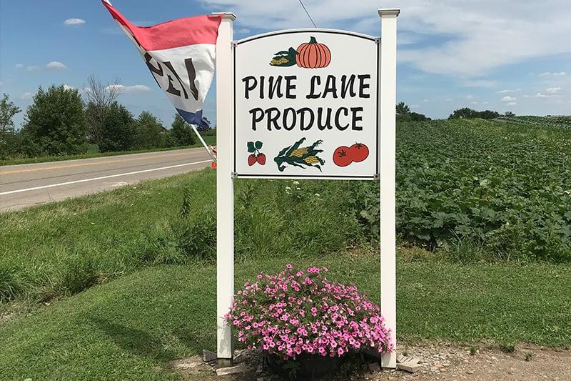Pine-Lans-Produce
